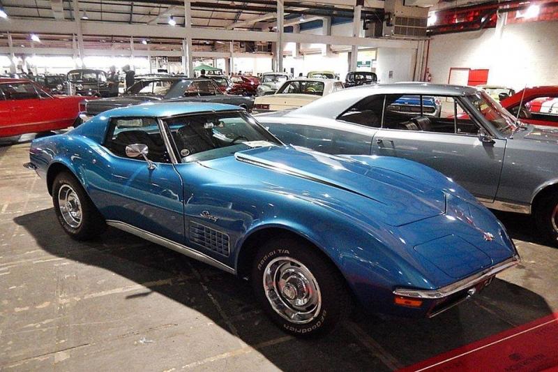 1971 Chevrolet Corvette Stingray - 2